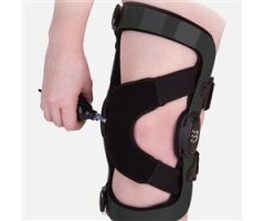 Knee Brace 20.50 Patellafemoral Medium Buckle / D-Ring / Hook and Loop Strap Closure 18-3/4 to 21-1/2 Inch Thigh Circumference 12 Inch Length Left Knee